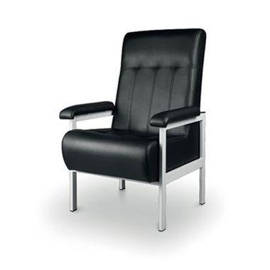 Cadeirao-de-Acompanhante-com-Costa-Alta